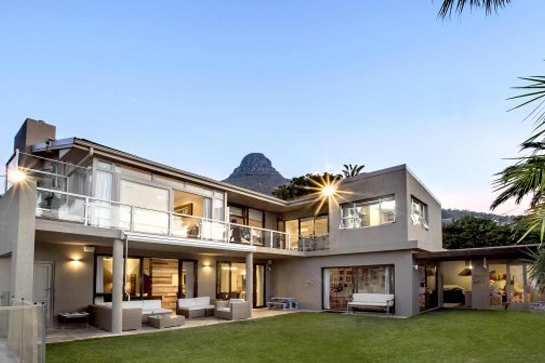 Maison unifamiliale pour l Vente à Outdoor pool and entertaining at its best Cape Town, Cap-Occidental 8005 Afrique Du Sud