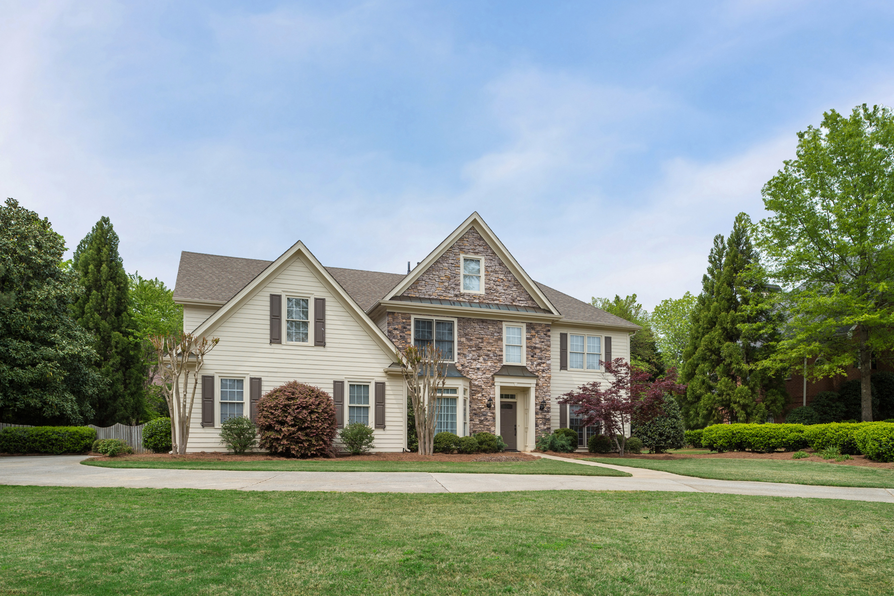 sales property at Beautiful Dunwoody Traditional