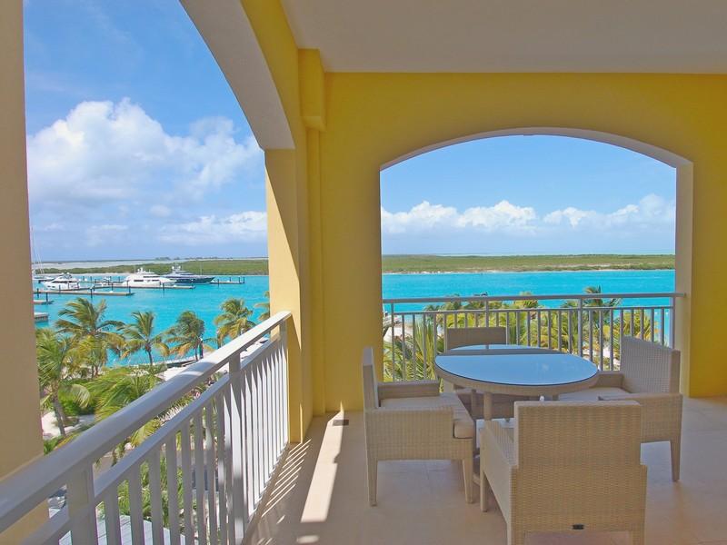 Appartement en copropriété pour l Vente à Blue Haven Resort ~ Suite 413.414 Leeward Marina Resort, Leeward, Providenciales Îles Turques Et Caïques