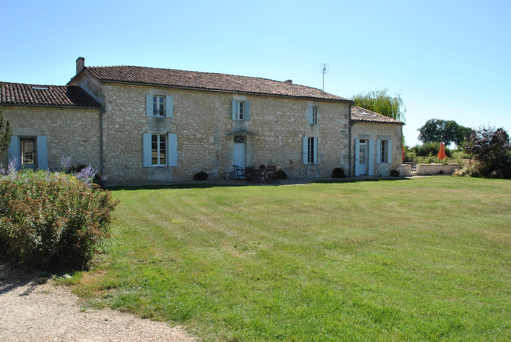 Multi-Family Home for Sale at Maison de maitre Other Poitou-Charentes, Poitou-Charentes 17460 France