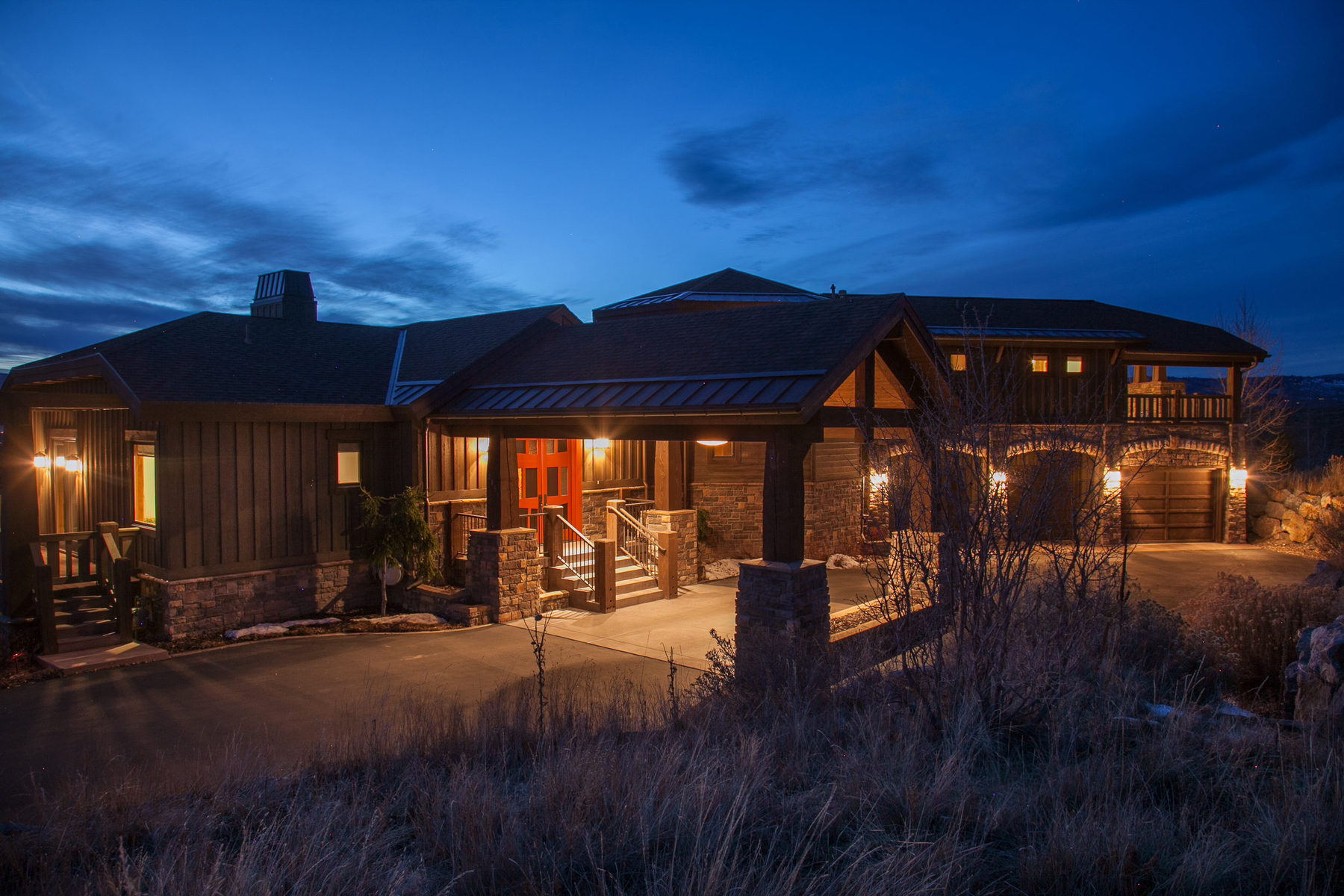 Nhà ở một gia đình vì Bán tại Fully Furnished Quality Promontory Home Offering Commanding Views of Park City 2891 E Westview Trail Park City, Utah 84098 Hoa Kỳ