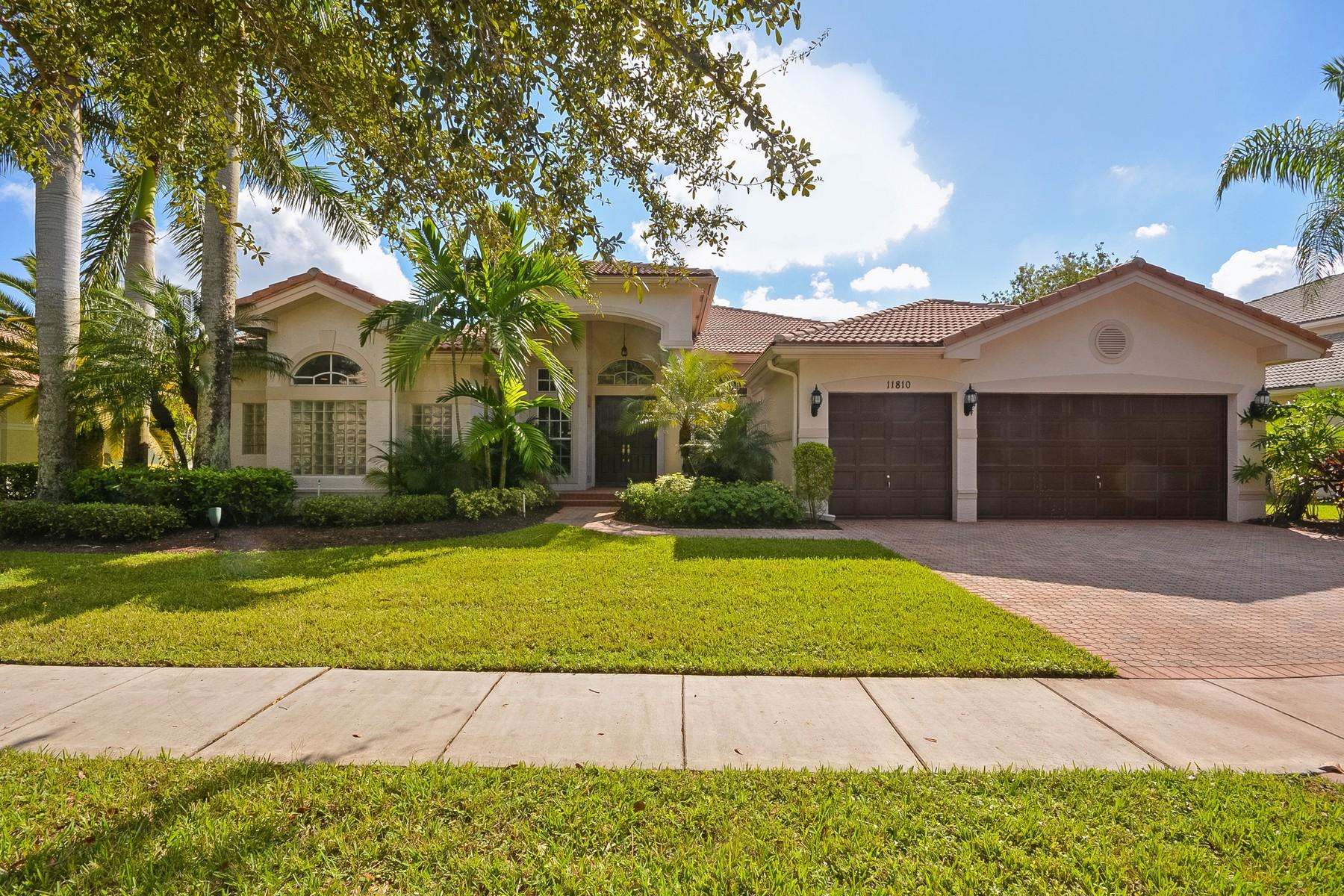Maison unifamiliale pour l Vente à 11810 Bayfield Dr , Boca Raton, FL 33498 11810 Bayfield Dr Boca Raton, Florida 33498 États-Unis