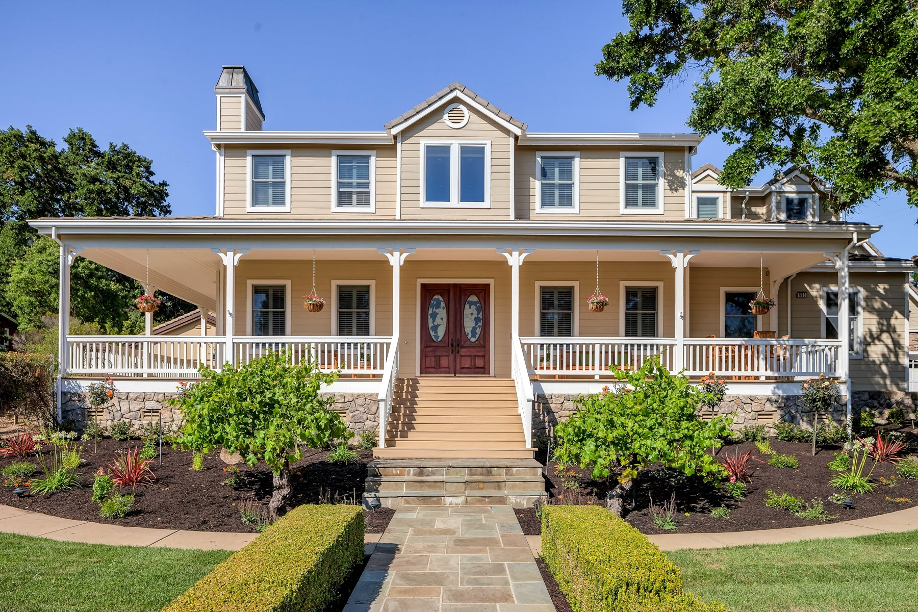 Villa per Vendita alle ore Amazing Vineyards And Views 595 Bradford Place Danville, California 94526 Stati Uniti