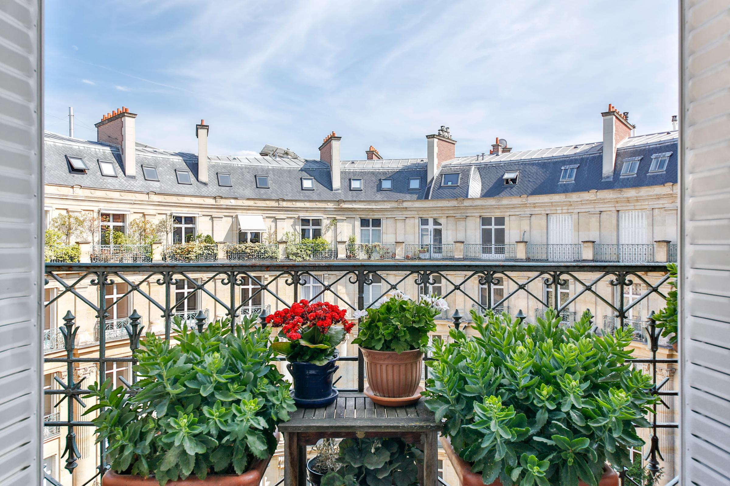 Apartment for Sale at Apartment - Ternes Paris, Paris 75017 France