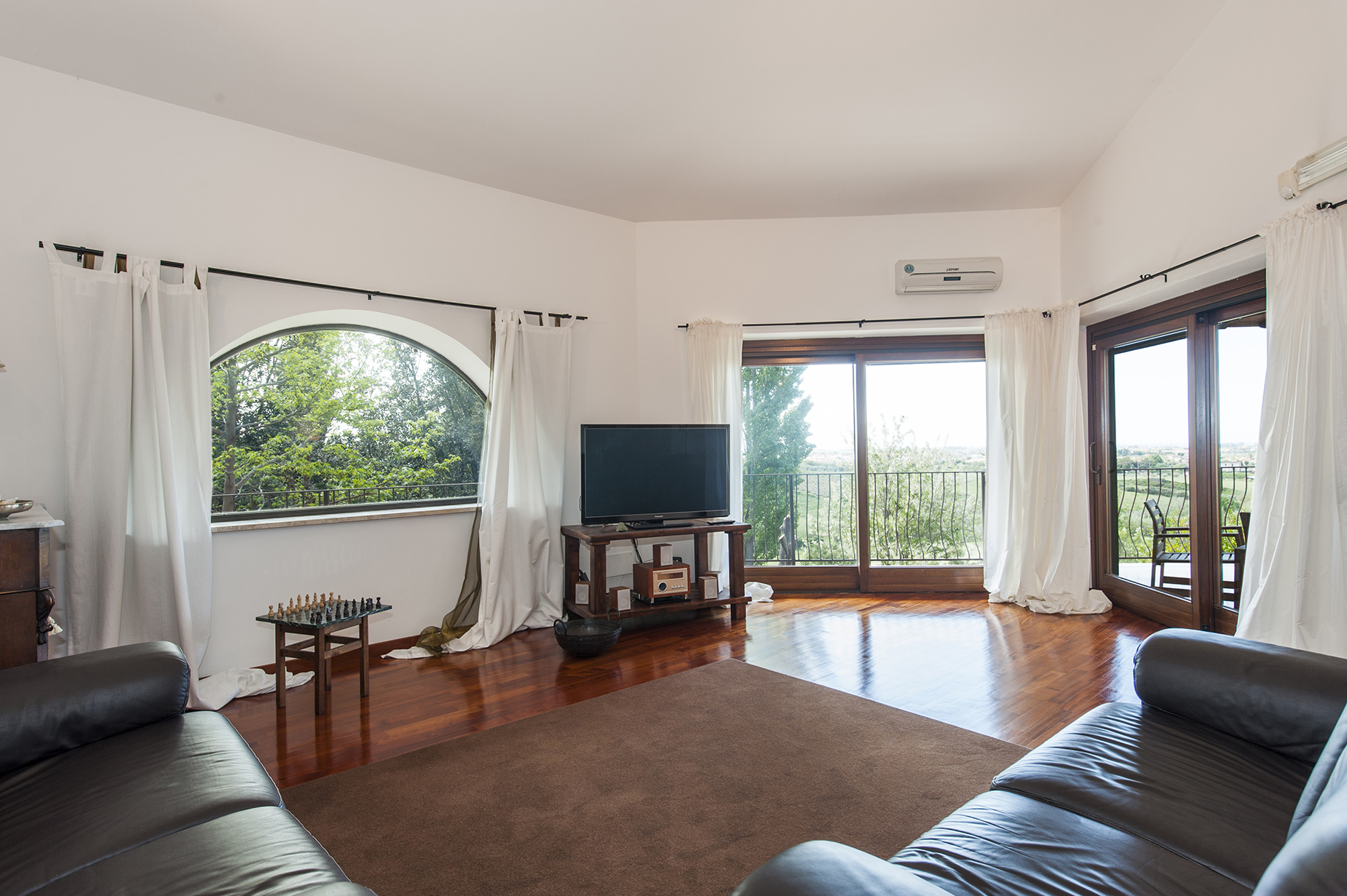 Additional photo for property listing at Country villa in Cerveteri Other Rome, Roma Italia