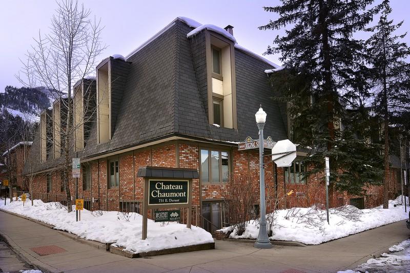 Copropriété pour l Vente à Chateau Chaumont 731 E. Durant Avenue Unit 22 Aspen, Colorado 81611 États-Unis