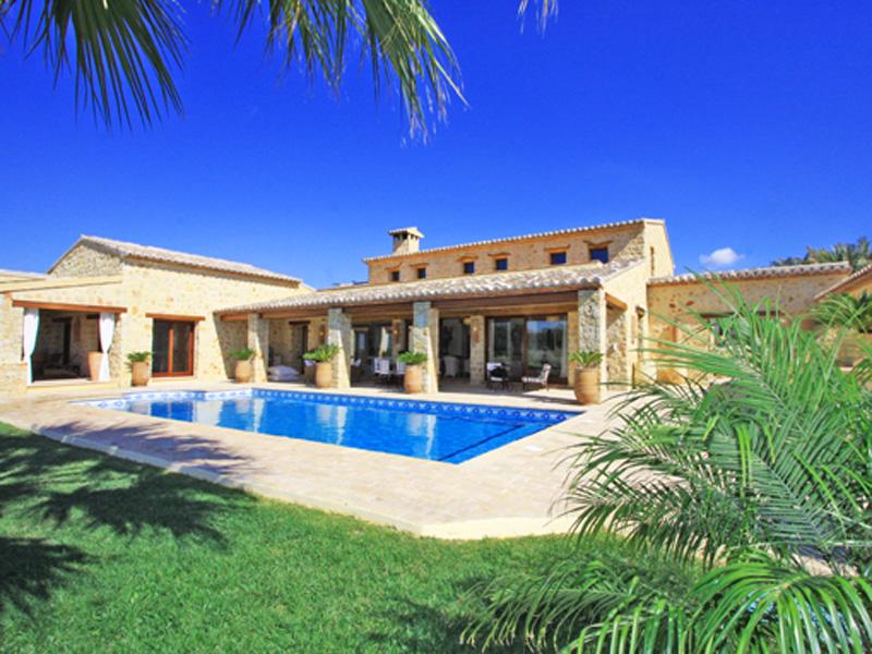 Luxury Finca With Huge Peace Of Land With A Wealth Of Charm, Benissa