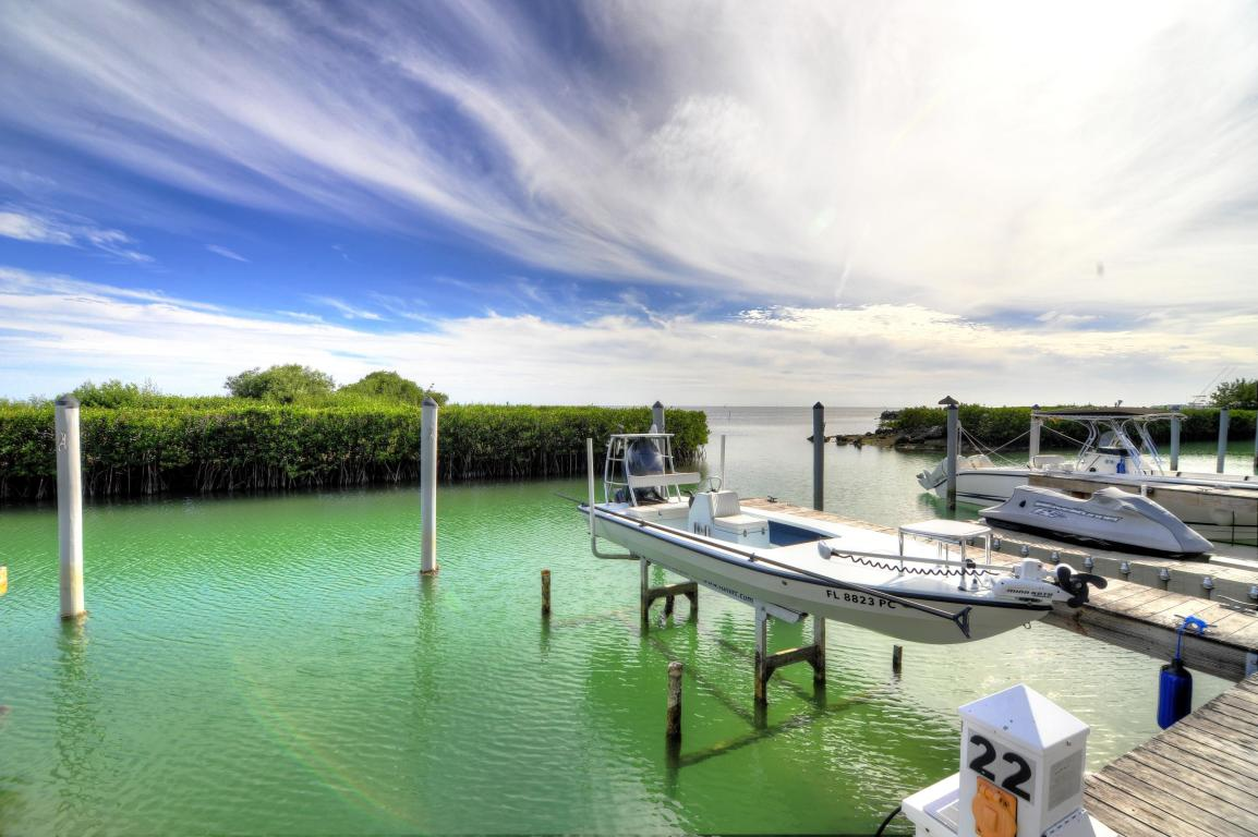Additional photo for property listing at Ocean Front Home in Anglers Reef 122 Anglers Way Islamorada, Florida 33036 Amerika Birleşik Devletleri