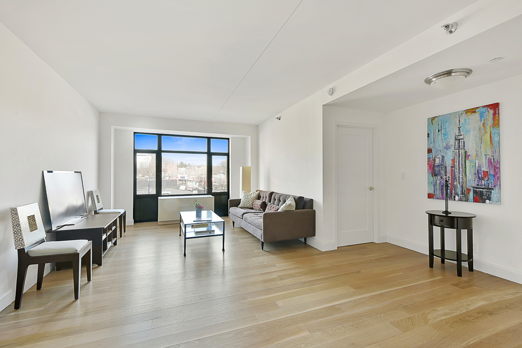Condominio por un Venta en NEW CONDO 3 BR WITH PARKING 3536 Cambridge Avenue 5E Riverdale, Nueva York, 10463 Estados Unidos