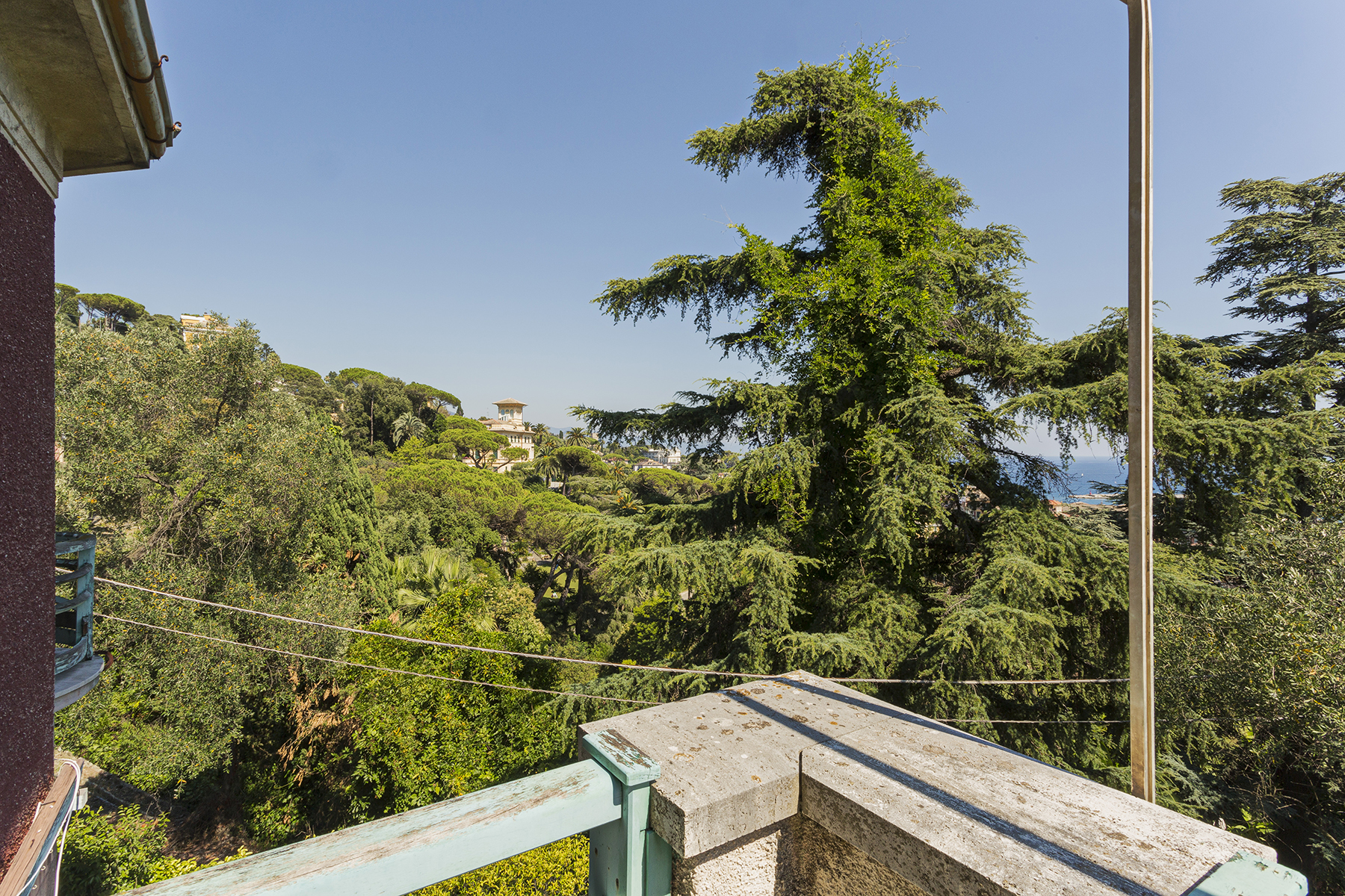 Additional photo for property listing at Exquisite villa with private garden and amazing sea view Santa Margherita Ligure, Genoa Italy