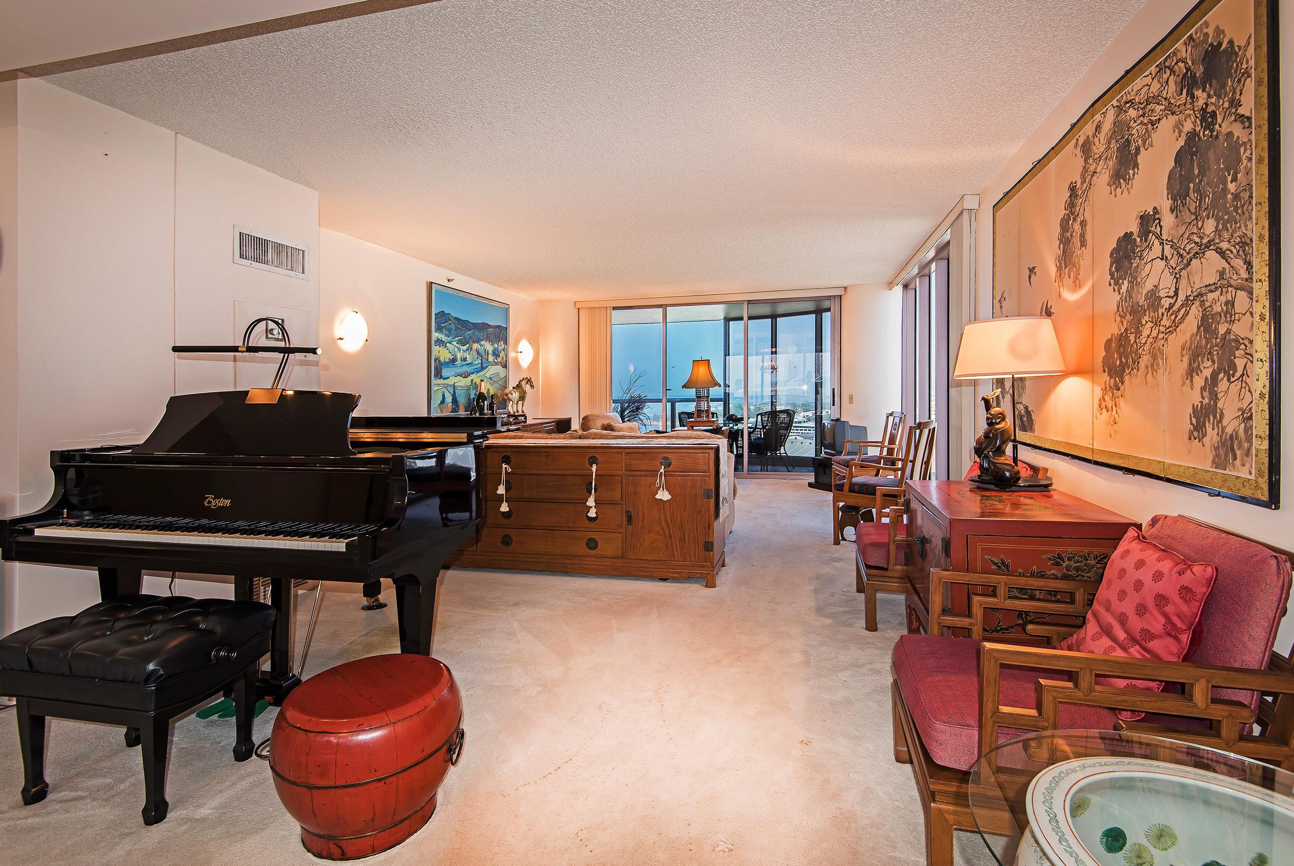 Condominium for Sale at Exceptional Honolulu Lifestyle 425 South Street #1904 Kakaako, Honolulu, Hawaii, 96813 United States