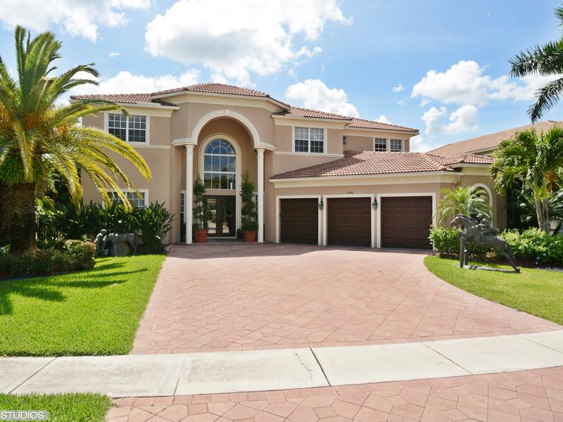 Single Family Home for Sale at 12442 Equine Lane Wellington, Florida, 33414 United States