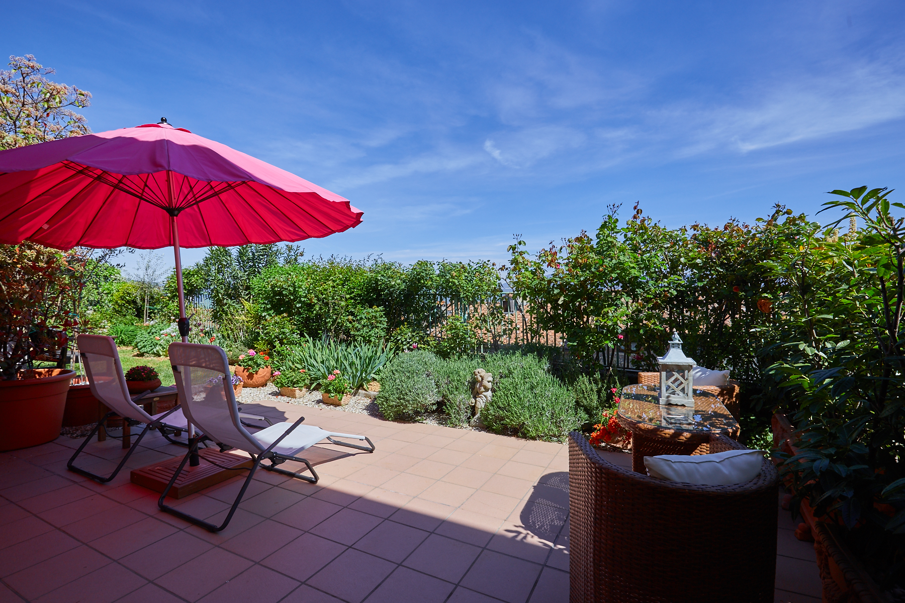 Additional photo for property listing at Apartment with roof garden in the historic center of Citerna Citerna, Perugia Italie