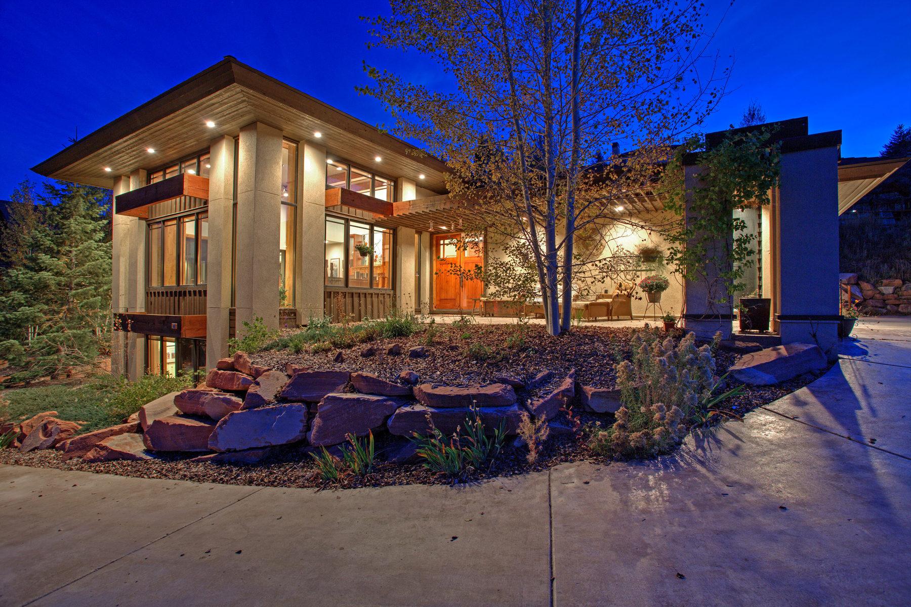 Tek Ailelik Ev için Satış at Gorgeous Contemporary with Course Views 9143 N Jeremy Rd Park City, Utah 84098 Amerika Birleşik Devletleri