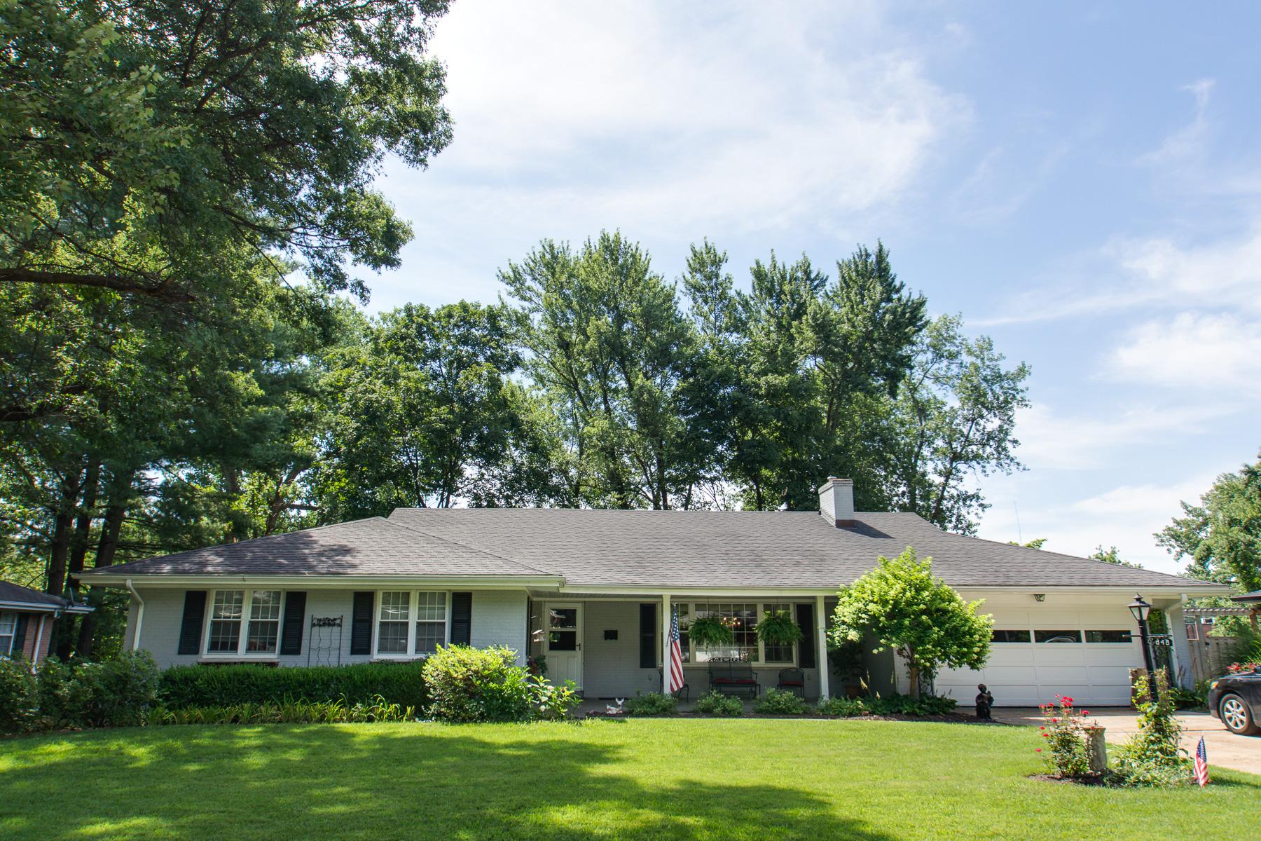 Частный односемейный дом для того Продажа на Renderer 848 Renderer Dr St. Louis, Миссури 63122 Соединенные Штаты