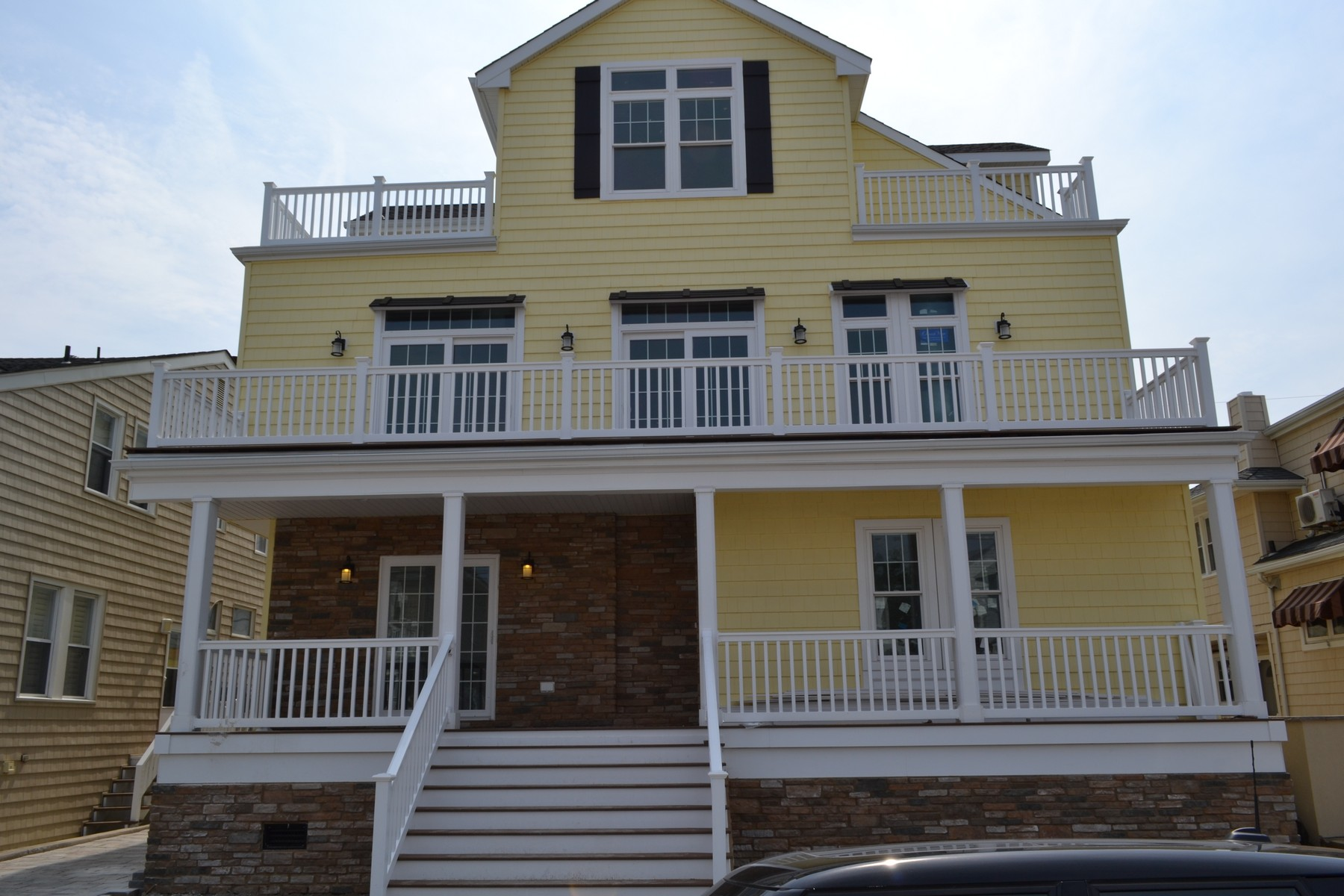 Maison unifamiliale pour l Vente à 102 South Troy Ave Ventnor City, New Jersey 08406 États-Unis