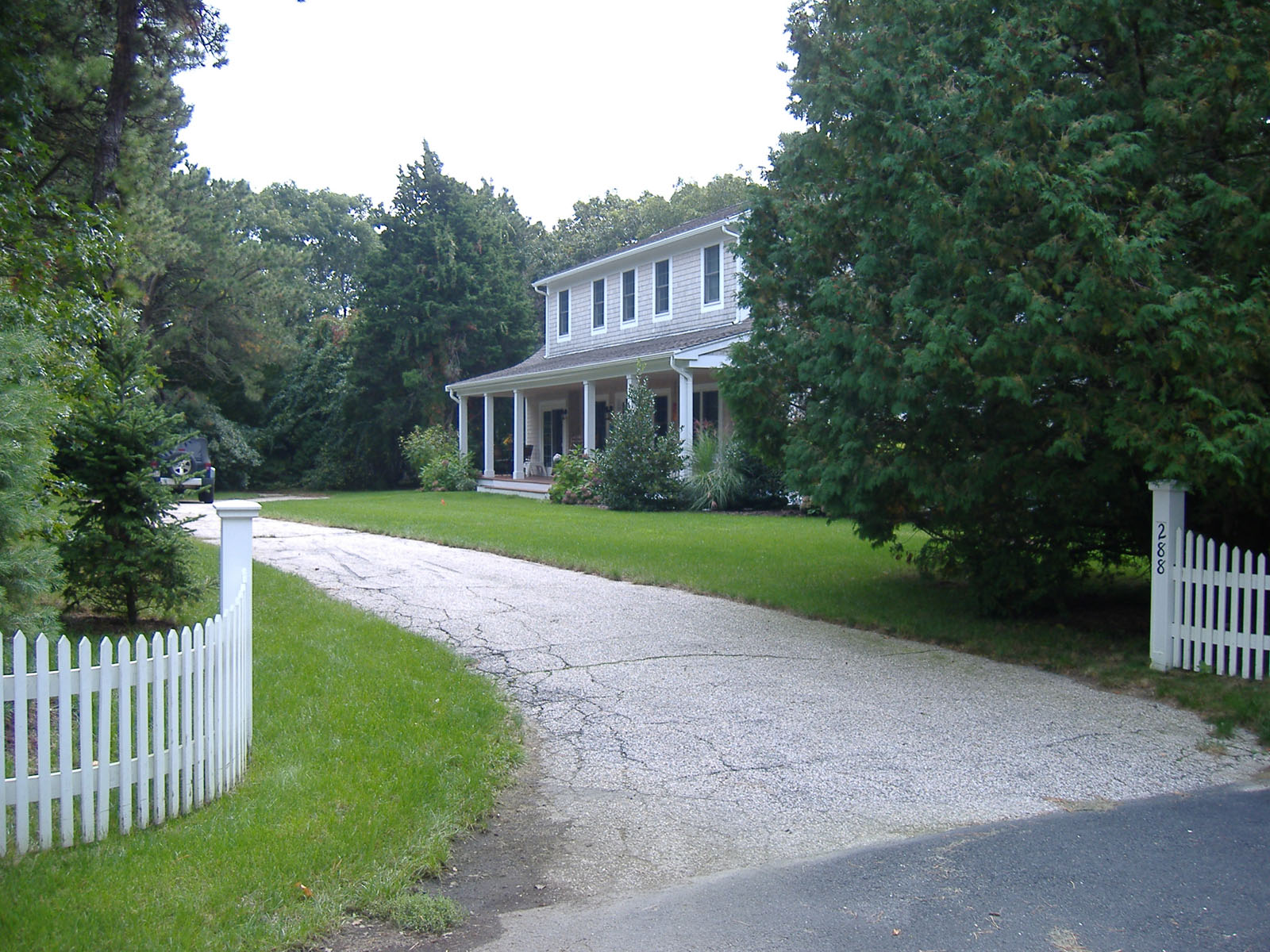 獨棟家庭住宅 為 出售 在 GREAT FAMILY HOME 288 Shore Drive New Seabury, 麻塞諸塞州, 02649 美國在/周邊: Mashpee