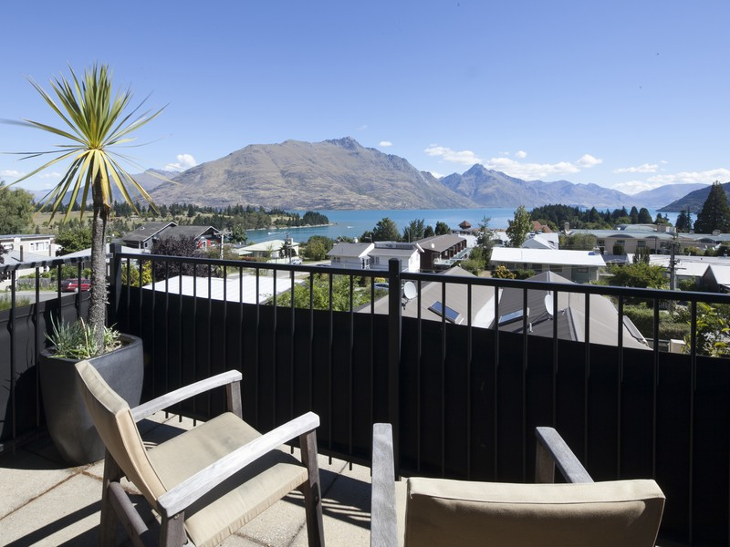 Townhouse for Sale at 10B Dublin Street, Queenstown Hill Queenstown, Southern Lakes New Zealand