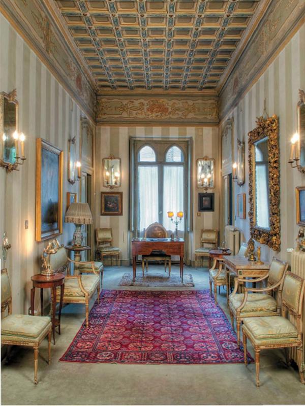 Single Family Home for Sale at Exclusive villa in the heart of Rome Lungotevere dei Vallati Rome, Rome 00186 Italy