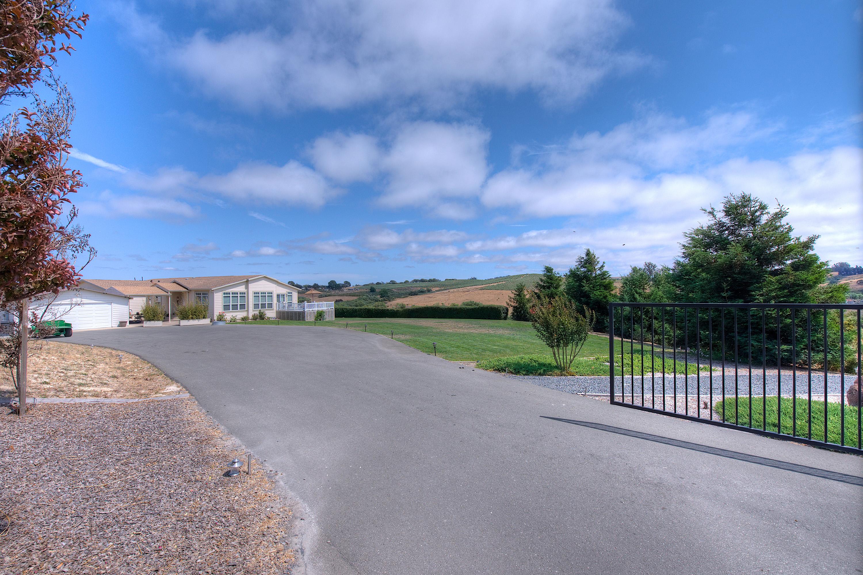 Farm / Ranch / Plantation for Sale at Incredible Opportunity In Sebastopol Sebastopol, California 95472 United States