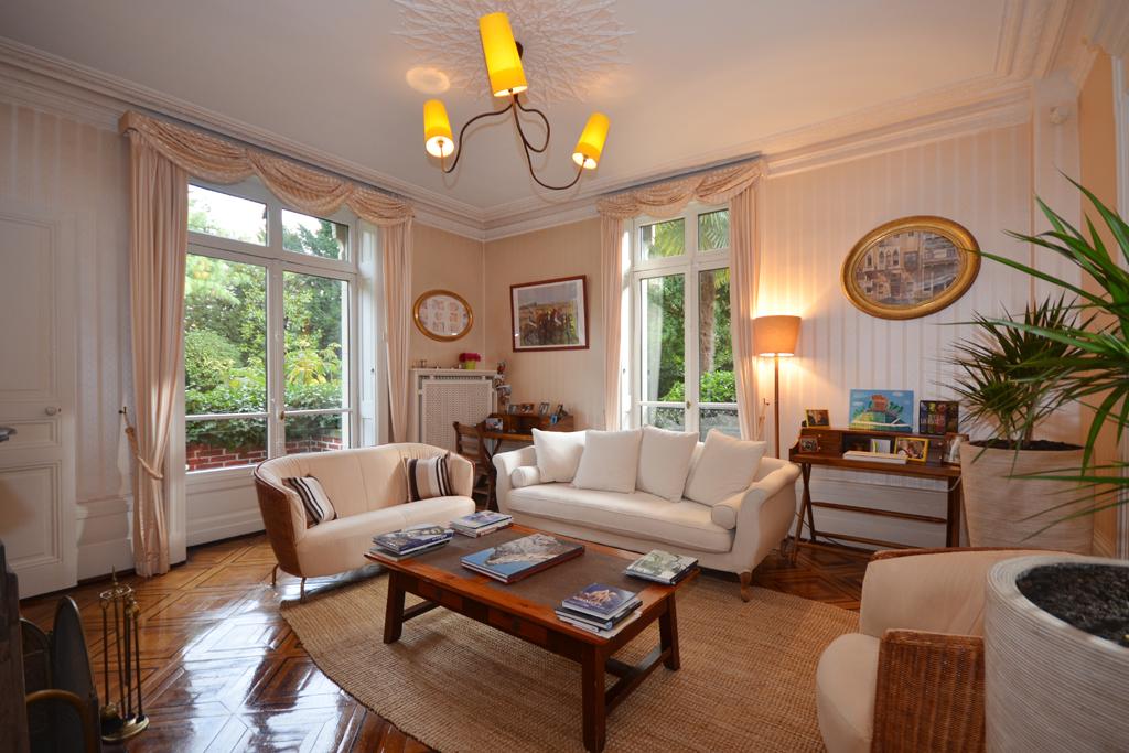 Property Of Splendid mansion