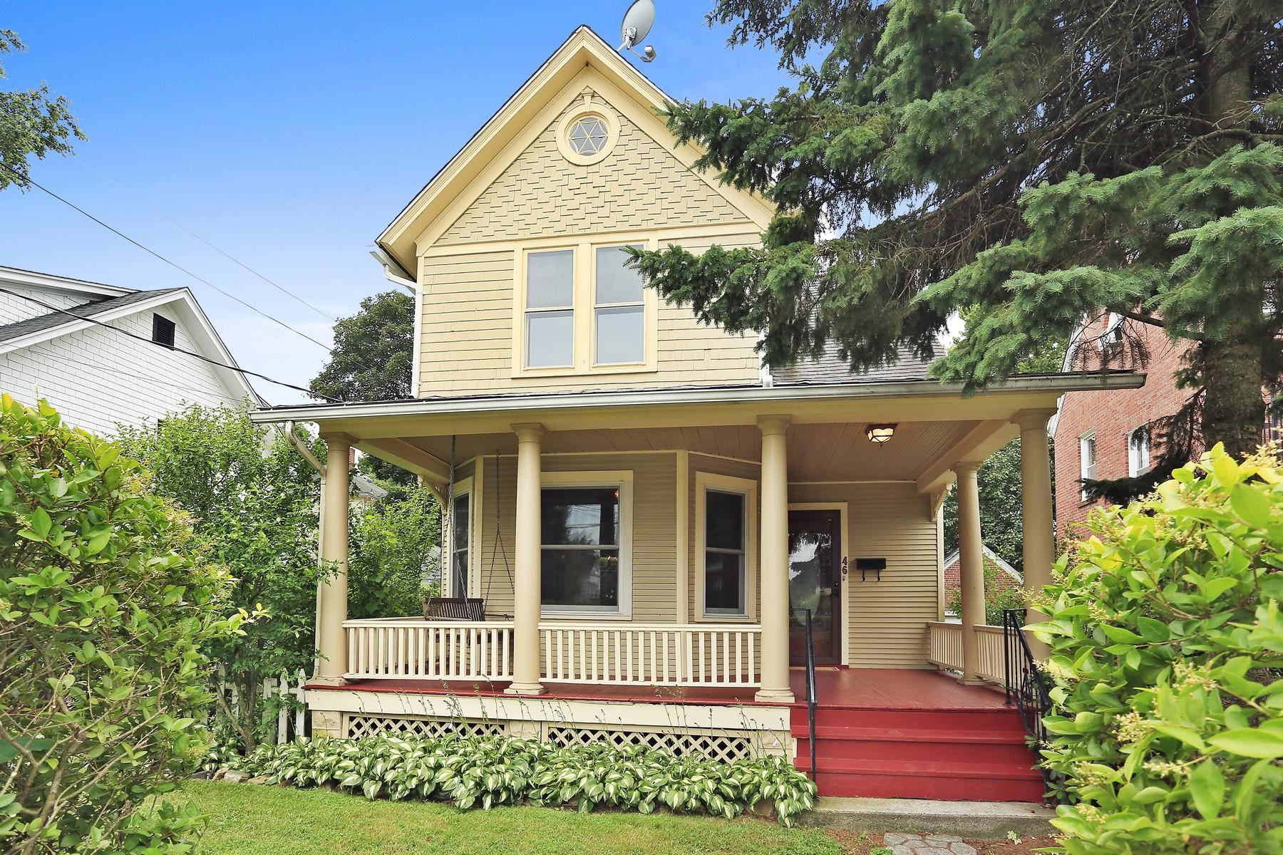 一戸建て のために 売買 アット Village Colonial With Vintage Appeal, Close to All! 46 Elizabeth Street Ossining, ニューヨーク 10562 アメリカ合衆国