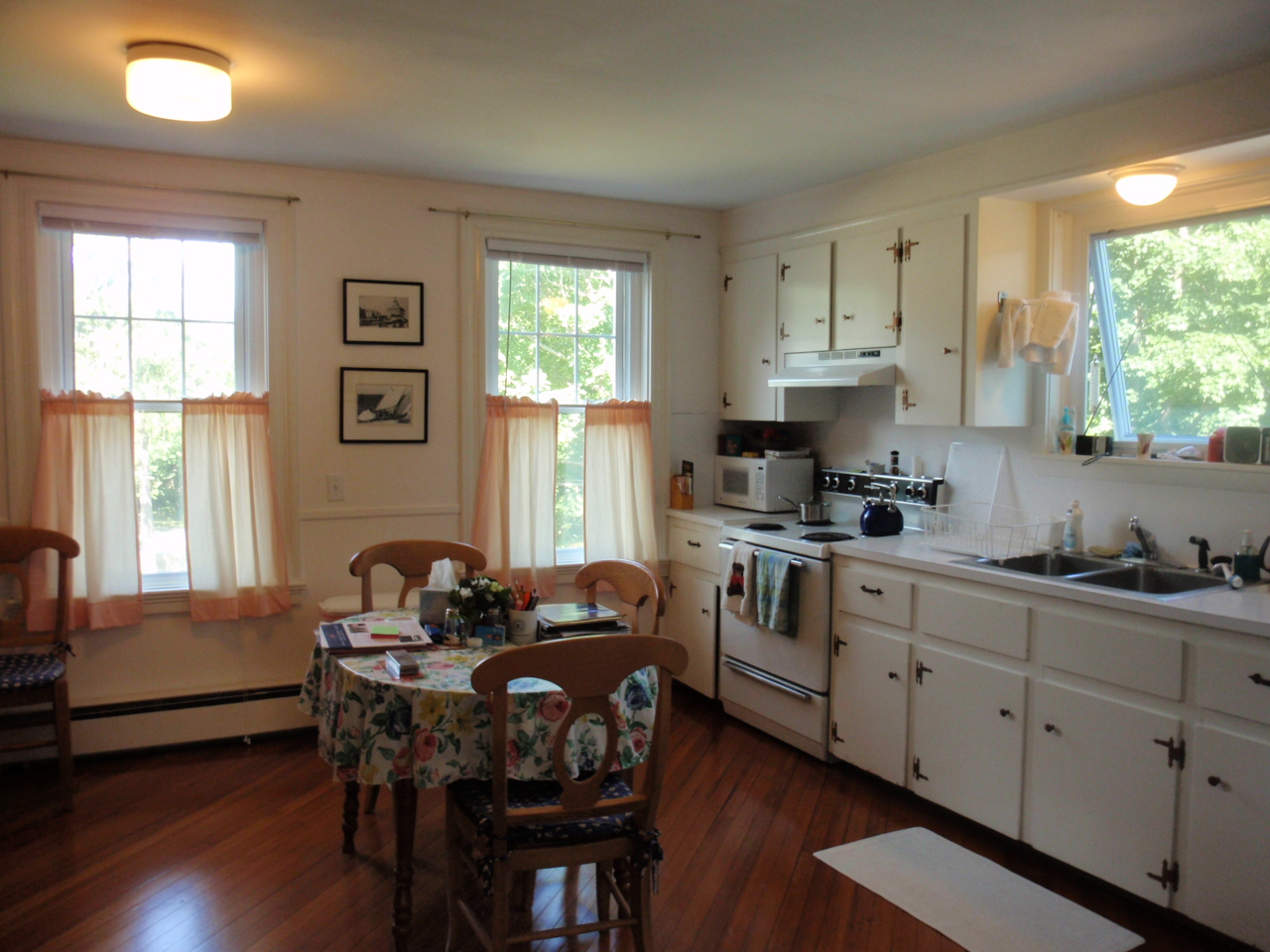 Additional photo for property listing at Condo at Friedheim 89 Harrison Avenue Unit #2 Newport, Rhode Island 02840 United States