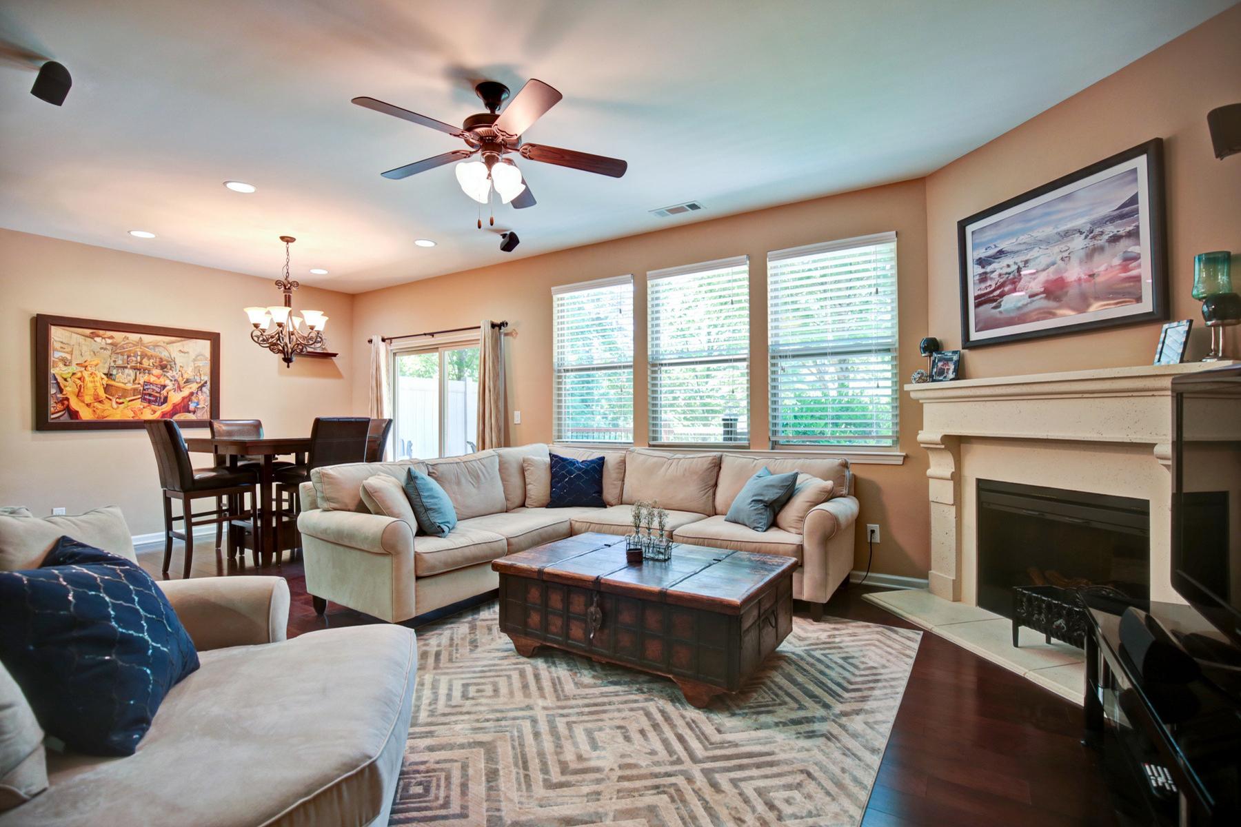Residência urbana para Venda às Great Location In The City Of Brookhaven 1569 Trailview Way Atlanta, Geórgia, 30329 Estados Unidos