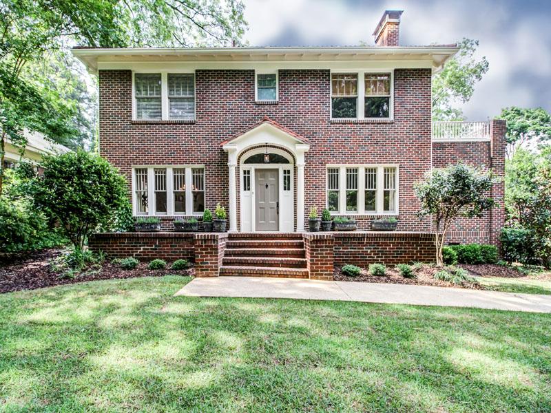 独户住宅 为 销售 在 Classic Architecture in Harmony with Modern Sensibility 1436 Harvard Road Druid Hills, Atlanta, 乔治亚州 30306 美国