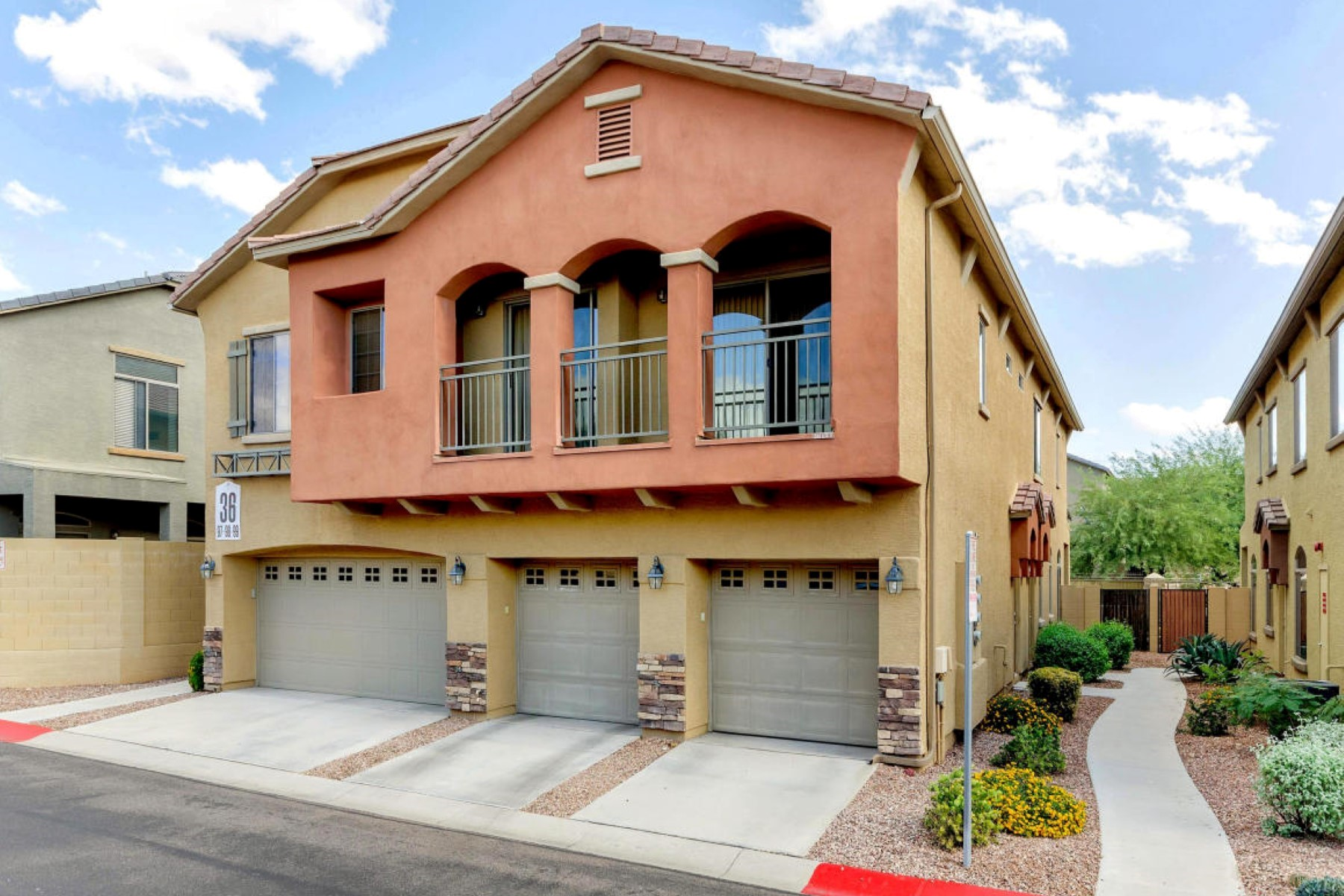 Property For Sale at Recently updated North Phoenix Townhome