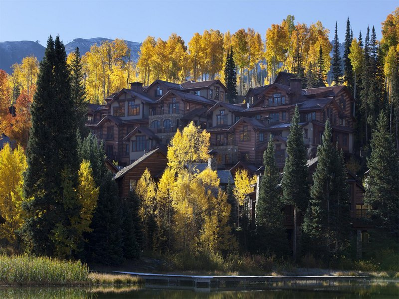 共管式独立产权公寓 为 销售 在 Elkstone 21, Unit 307 500 Mountain Village Blvd Unit 307 Mountain Village, Telluride, 科罗拉多州 81435 美国