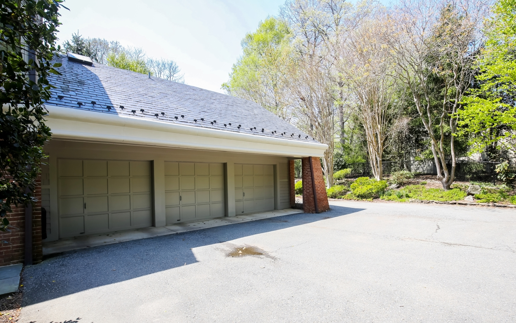 Additional photo for property listing at Camotop 10105 Iron Gate Rd Potomac, Maryland 20854 Stati Uniti