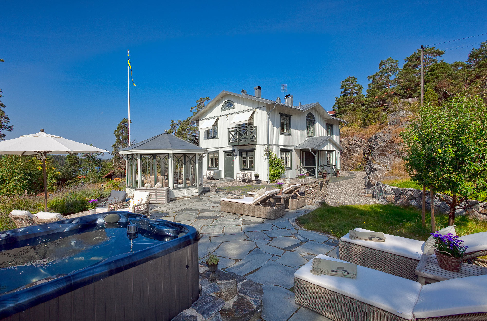 Property For Sale at Classic elegance between the sky and the sea on Älgö Island, Saltsjöbaden
