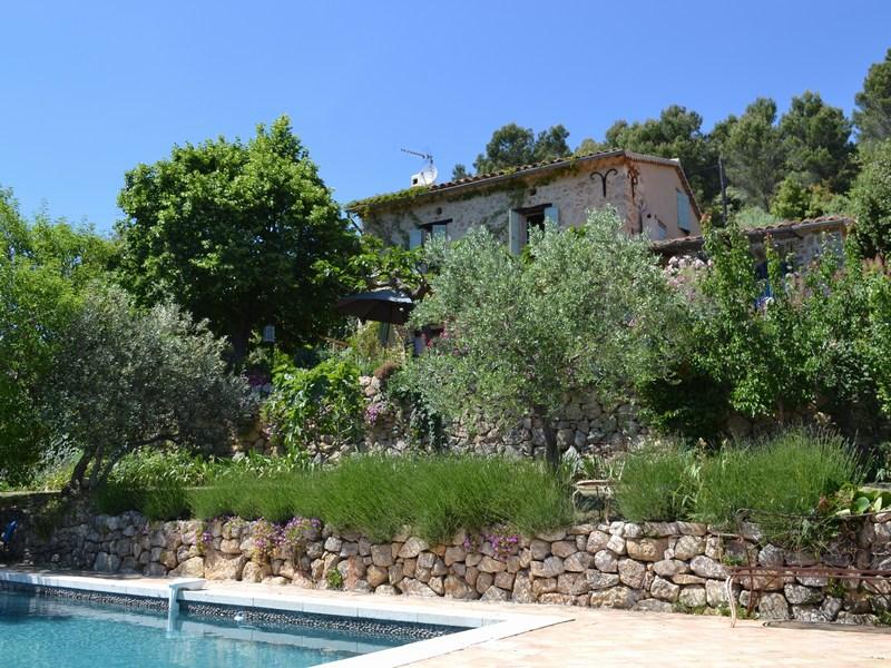 Vivienda unifamiliar por un Venta en Beautiful restored Stone house with overwhelming view Other Provence-Alpes-Cote D'Azur, Provincia - Alpes - Costa Azul 83111 Francia