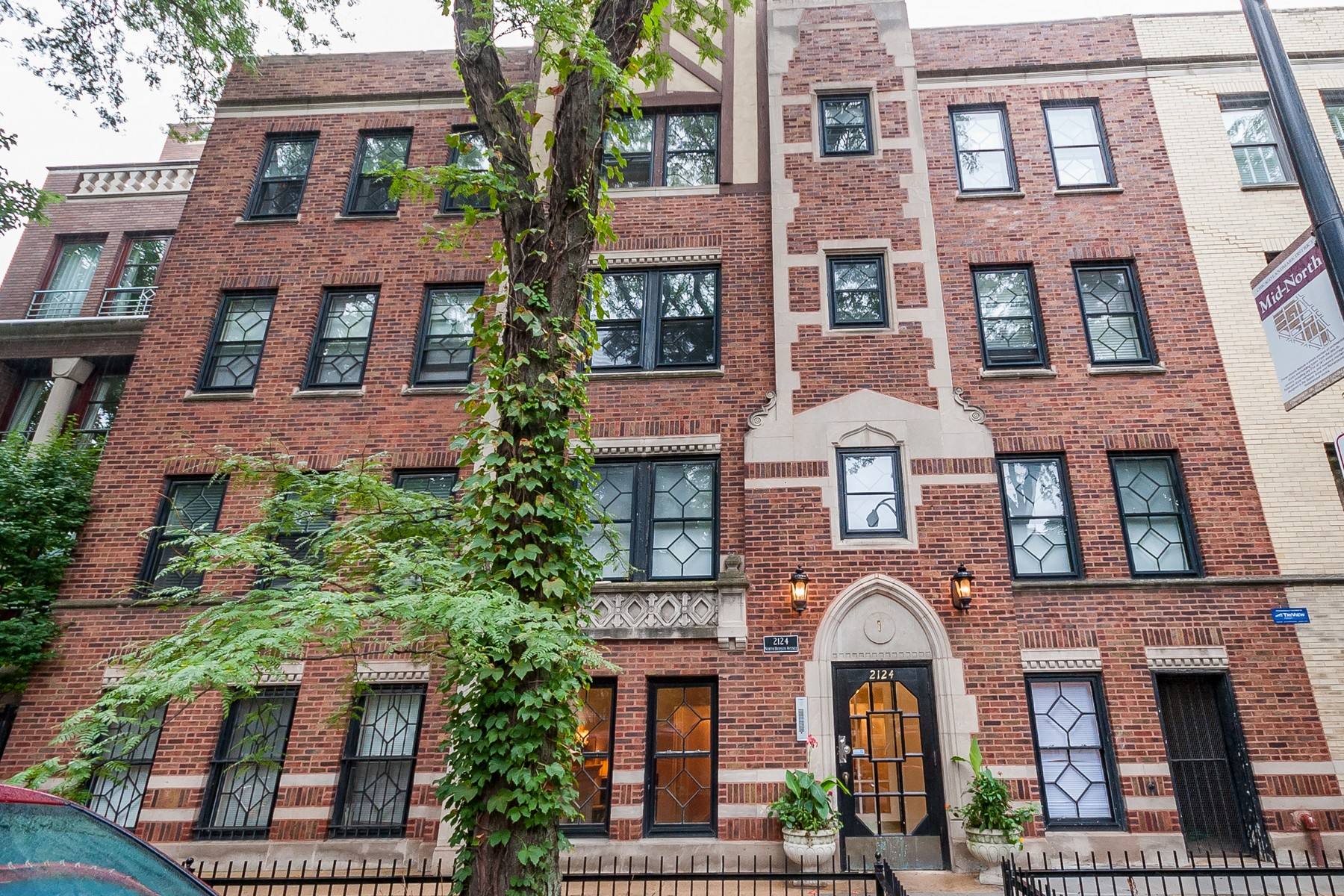 Property For Sale at Lincoln Park Condo