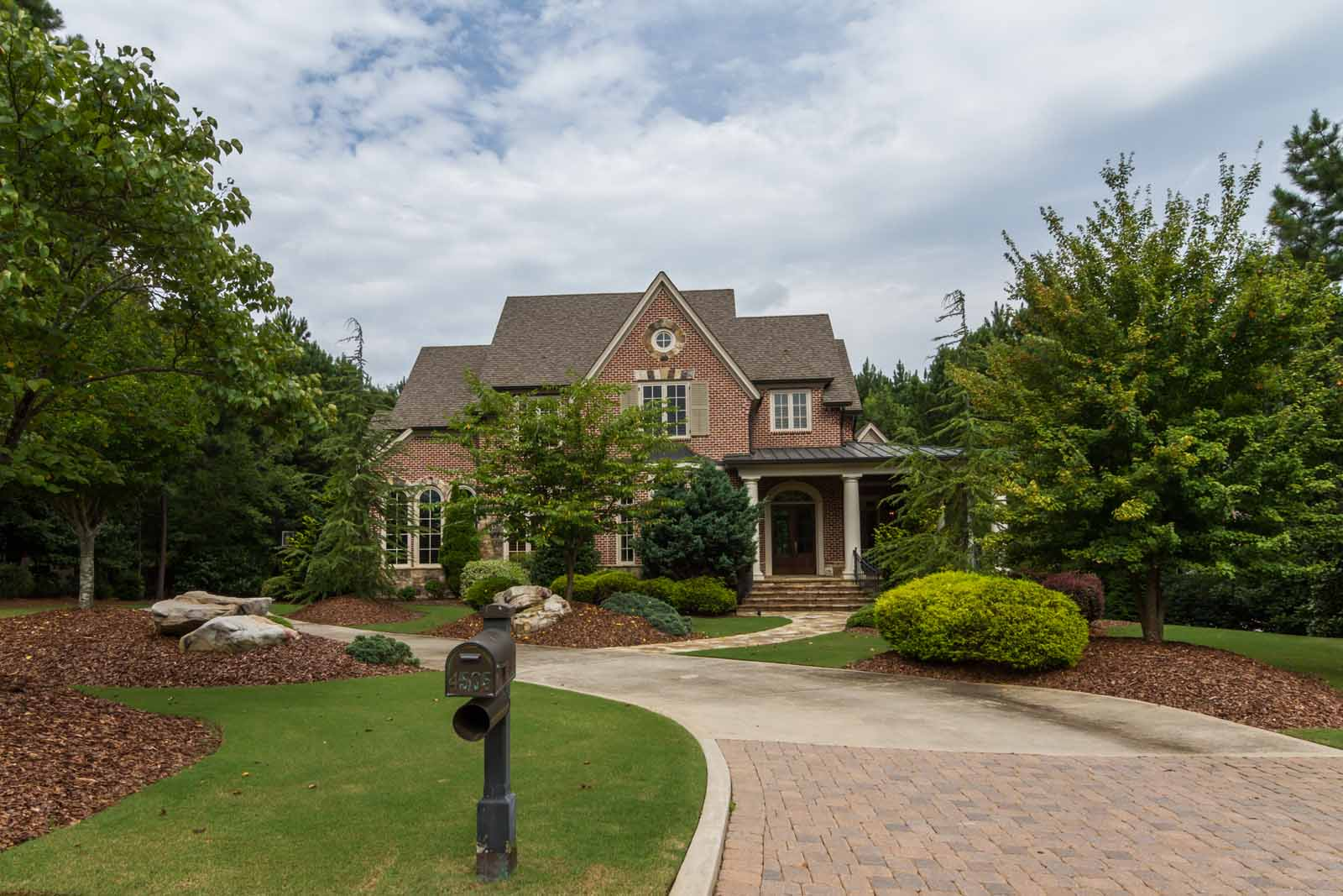 獨棟家庭住宅 為 出售 在 Welcome Home 4505 Whitestone Way Suwanee, 喬治亞州 30024 美國