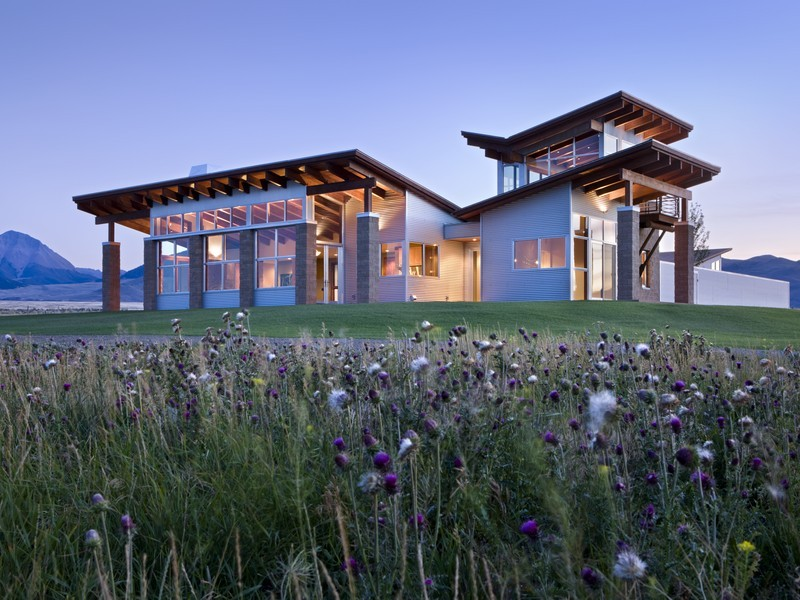 Property For Sale at Contemporary Luxury Meets Mountain Solitude
