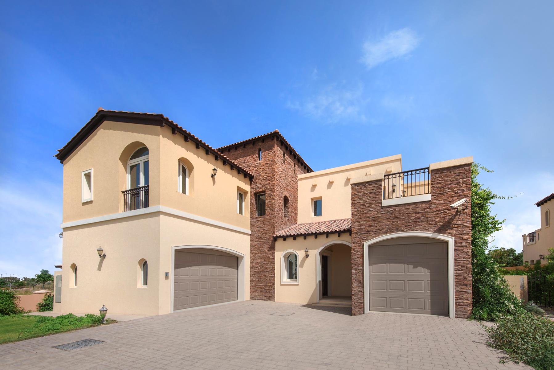 Single Family Home for Sale at Golf Course Living Dubai, Dubai United Arab Emirates