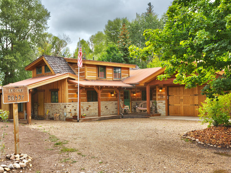 Property For Sale at Better Homes and Garden Living on the Weber River!