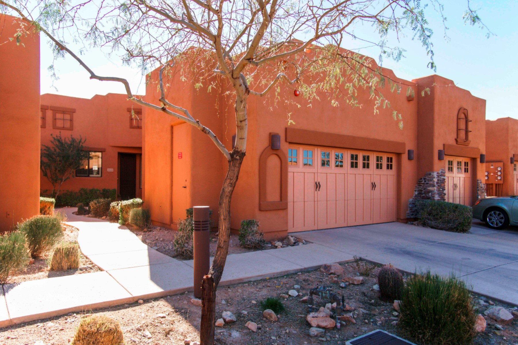 아파트 용 매매 에 Beautiful luxury residence at the base of the McDowell Mountains 13450 E Via Linda Dr #2025 Scottsdale, 아리조나, 85259 미국