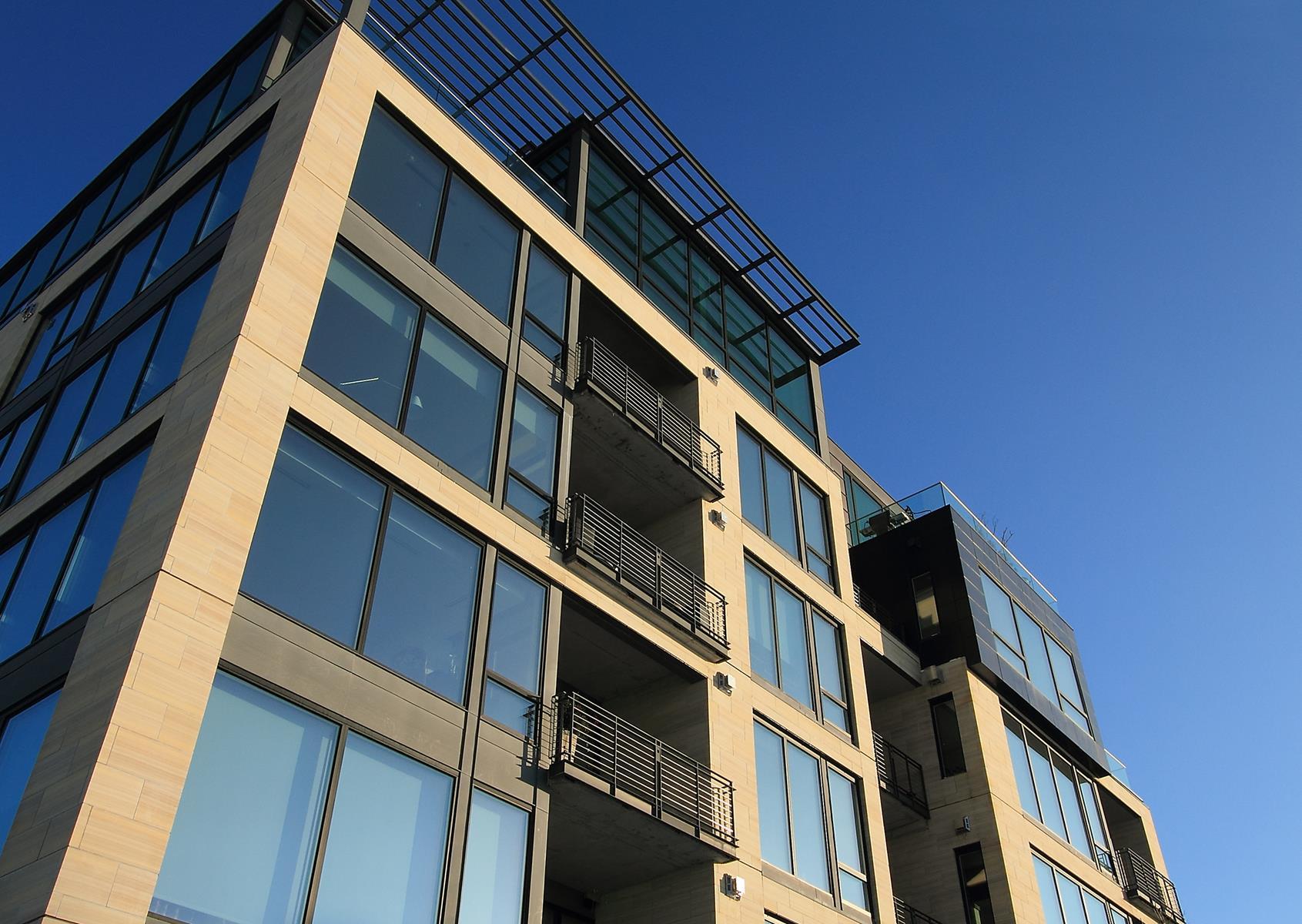 共管式独立产权公寓 为 销售 在 1805 W Lake Street #102 明尼阿波利斯市, 明尼苏达州, 55408 美国