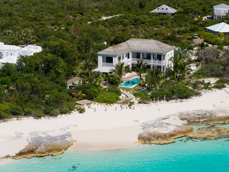 Villa per Vendita alle ore Saving Grace - Luxurious Beachfront Villa Grace Bay, Providenciales TCI BWI Turks E Caicos