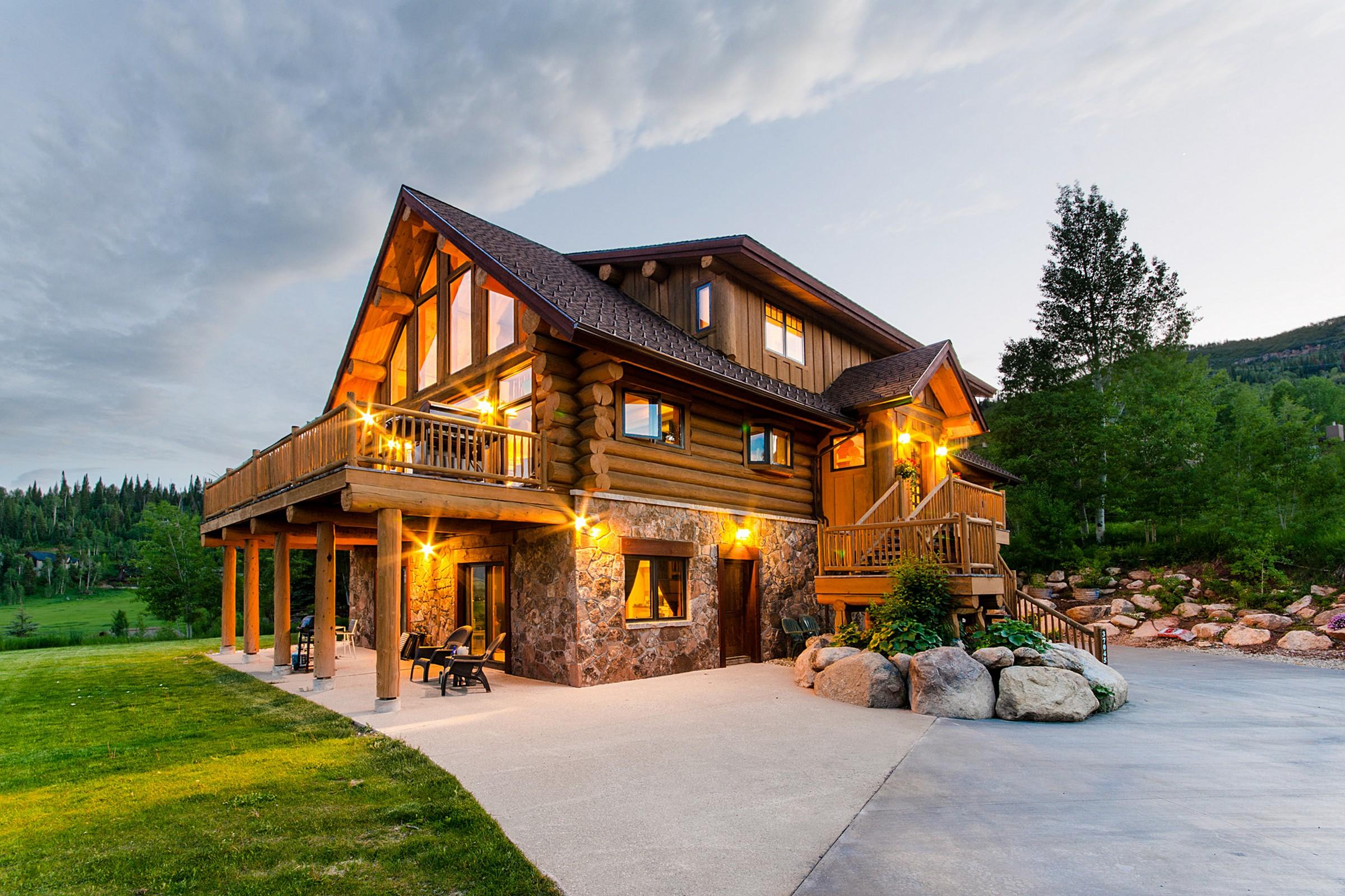 Maison unifamiliale pour l Vente à Authentic Mountain Rustic Home 37045 William William Steamboat Springs, Colorado, 80487 États-Unis