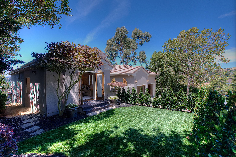 Single Family Home for Sale at Polished Contemporary in Tiburon 13 Upper Cecilia Way Tiburon, California 94920 United States