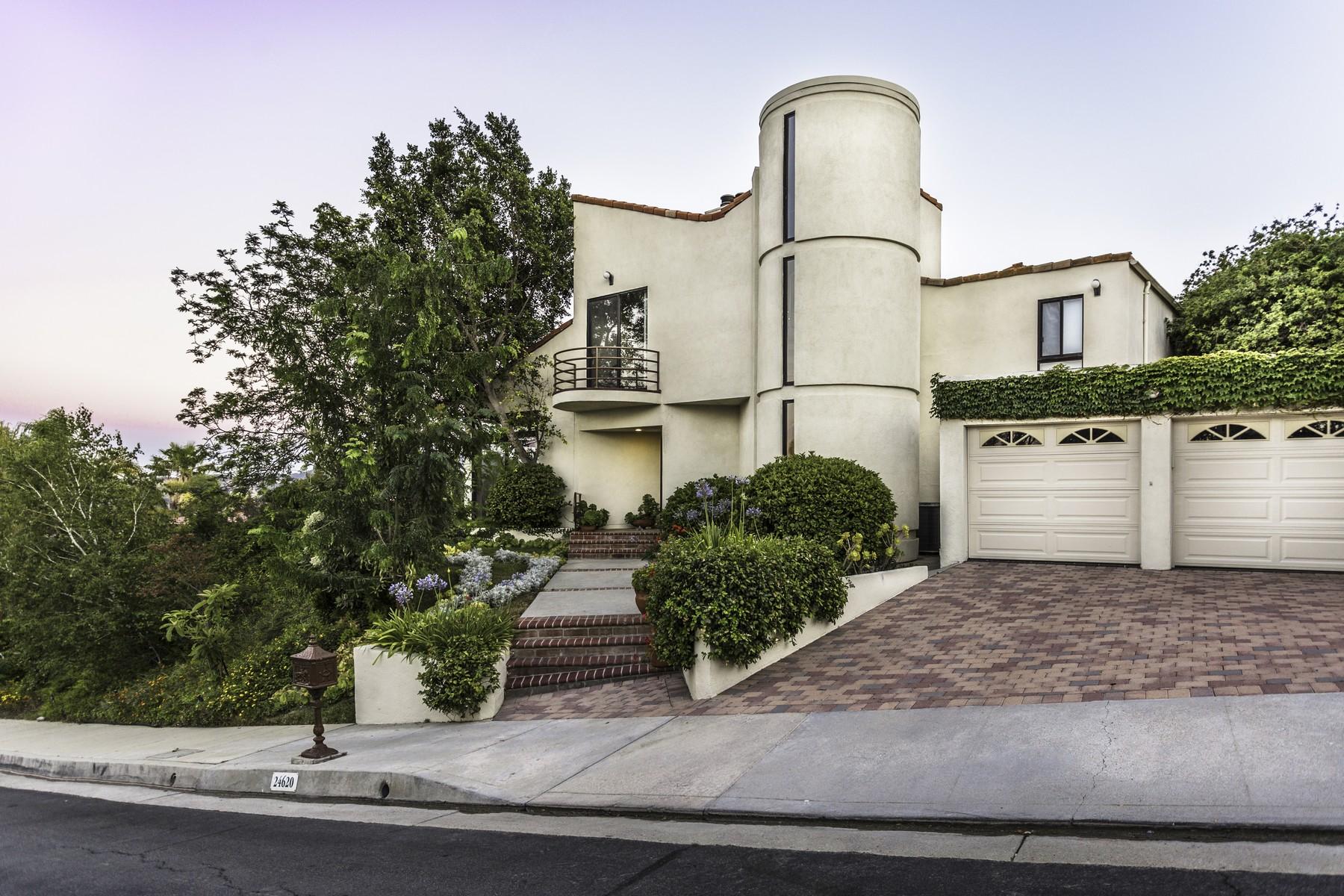 Частный односемейный дом для того Продажа на 24620 Cordillera Dr. Calabasas, Калифорния, 91302 Соединенные Штаты