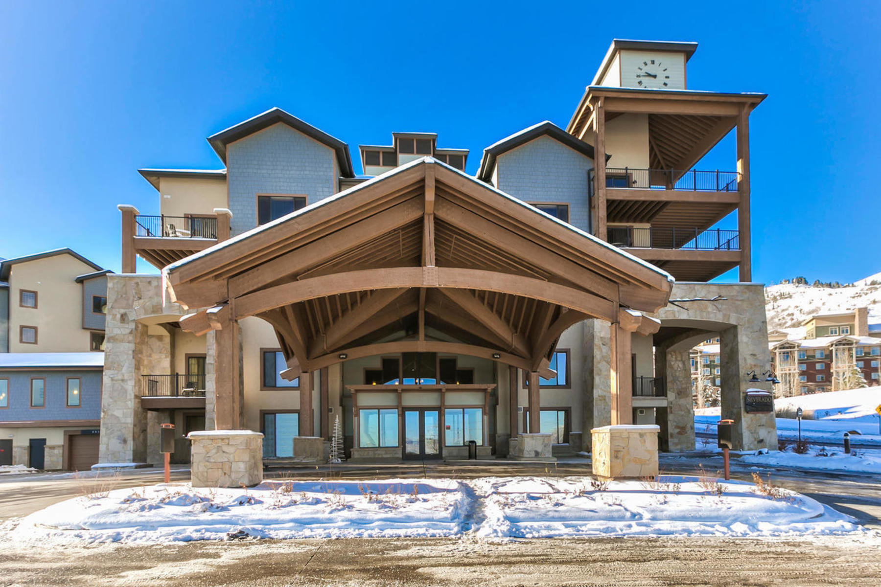 Copropriété pour l Vente à Top Floor Silverado One-bedroom Condominium 2669 Canyons Resort Dr #304A Park City, Utah, 84098 États-Unis