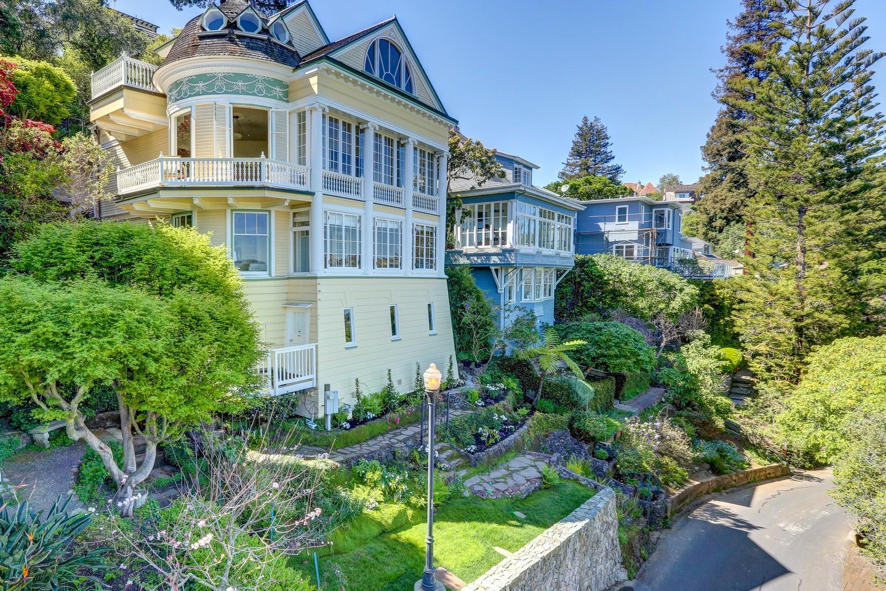 獨棟家庭住宅 為 出售 在 Magnificent Belvedere Gem 460 Bella Vista Avenue Belvedere, 加利福尼亞州 94920 美國