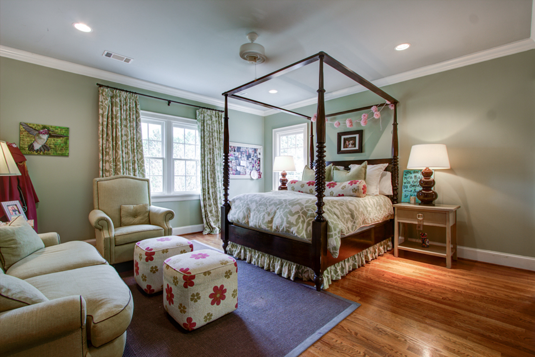 Additional photo for property listing at In the Heart of Brookhaven 4172 Club Drive Atlanta, Georgia 30319 Hoa Kỳ