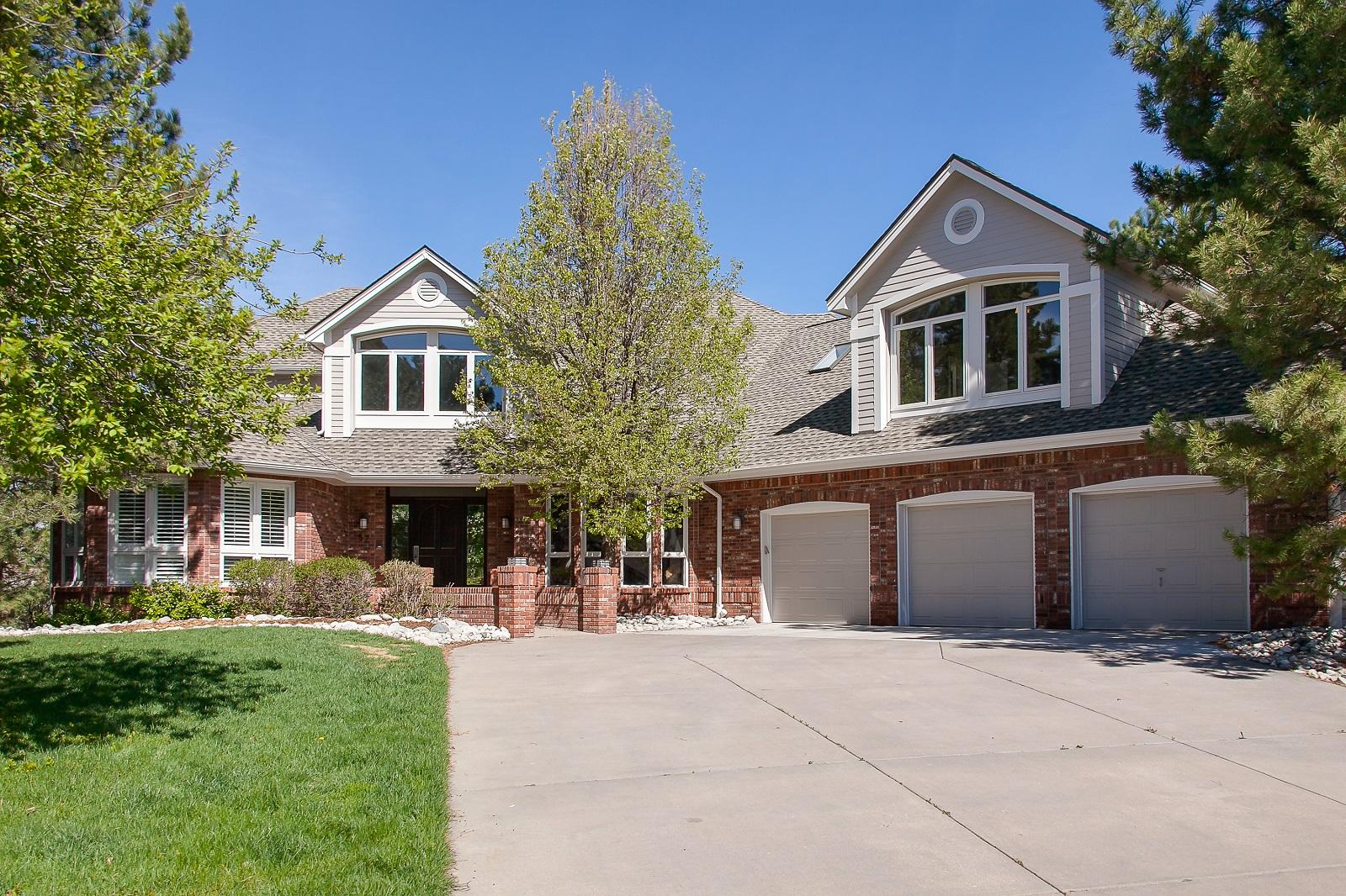 sales property at 57 Falcon Hills