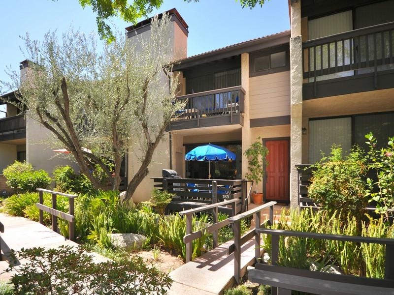 Adosado por un Venta en 21901 Burbank Blvd #189 21901 Burbank Blvd 189 Woodland Hills, California 91367 Estados Unidos